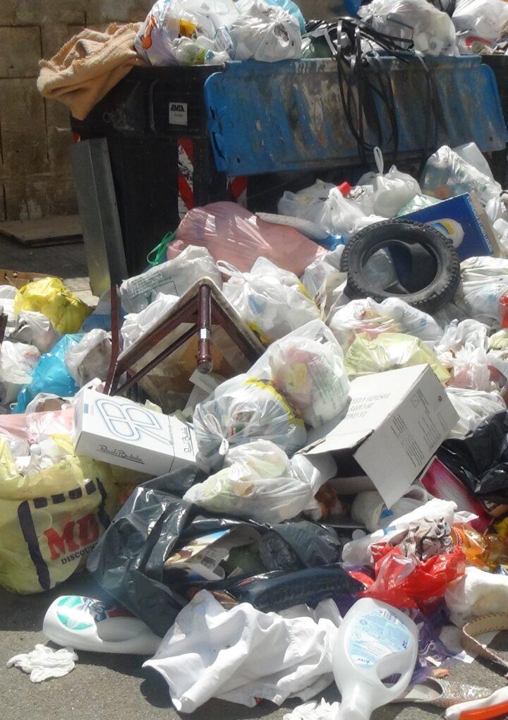 Aversa, è ancora emergenza rifiuti