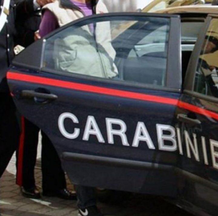 Traffico di droga, cinque arresti: fratelli Esposito gestivano dal carcere